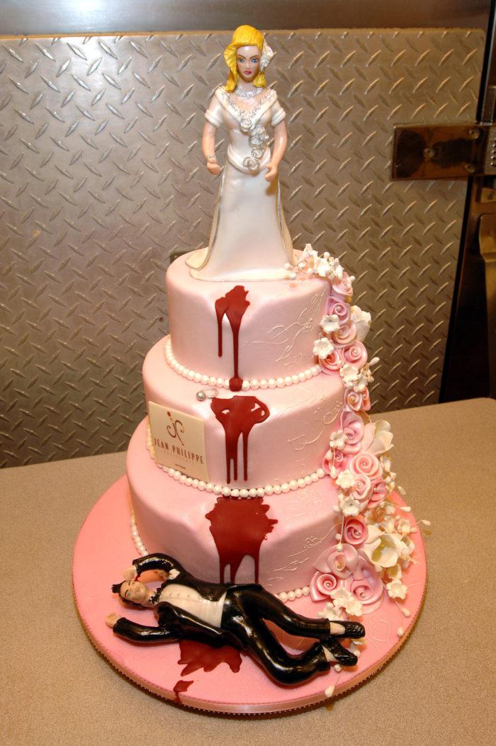 свадебные креативные торты фото выстраиваются