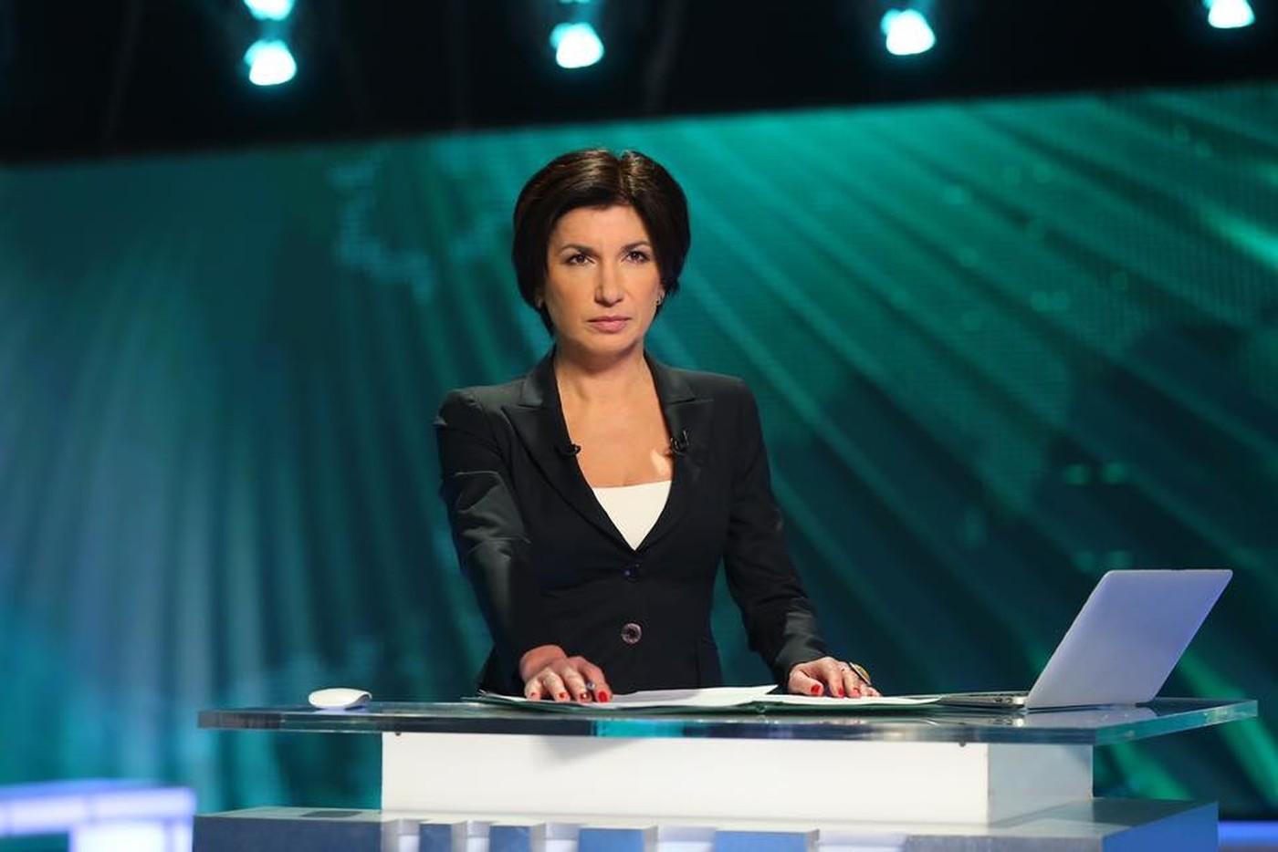 foto-televedushih-rossiyskih-kanalov-lesbiyanok