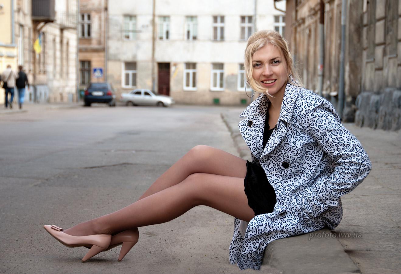 женщина сайт по продаже фотографий ног доставим портрет холсте