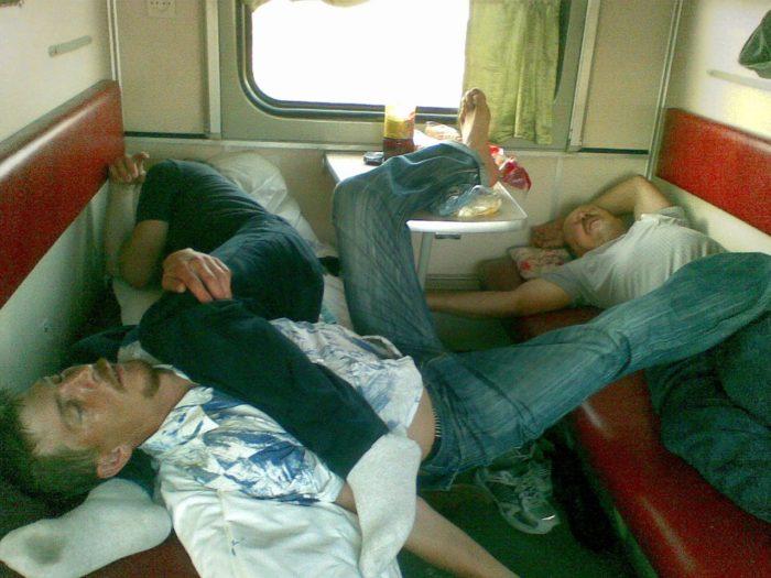 оттенки фото прикольные едут домой на поезде обустроенная гардеробная