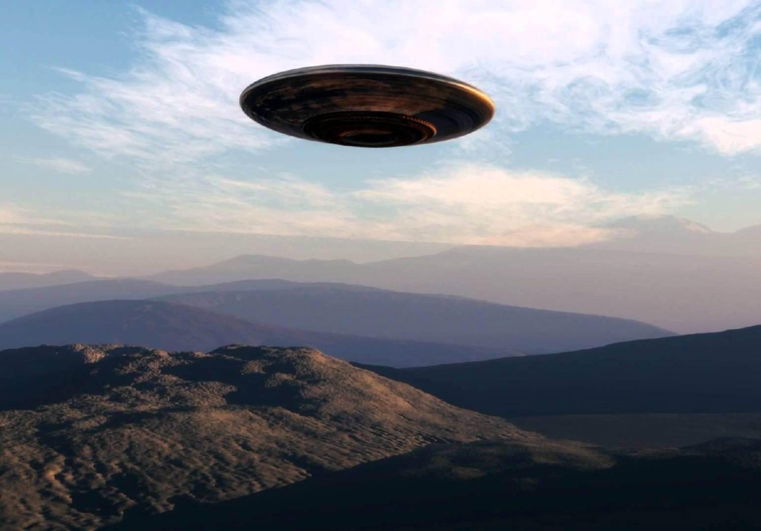В картинках летающий неопознанные объекты