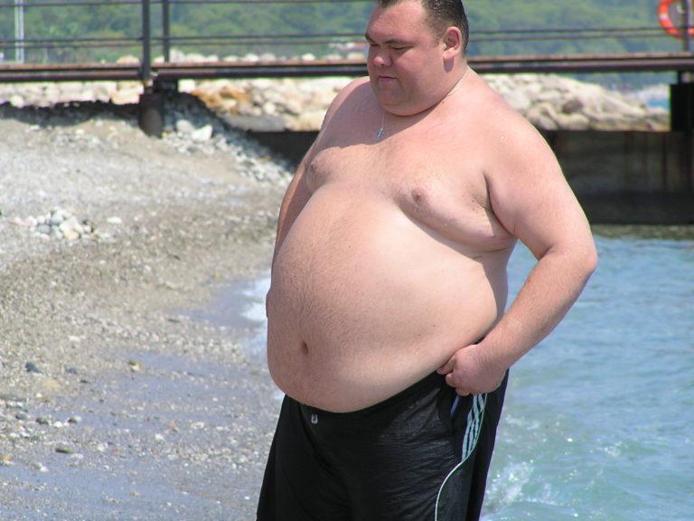 парень пузатый дядька фото онлайн, которое найдете