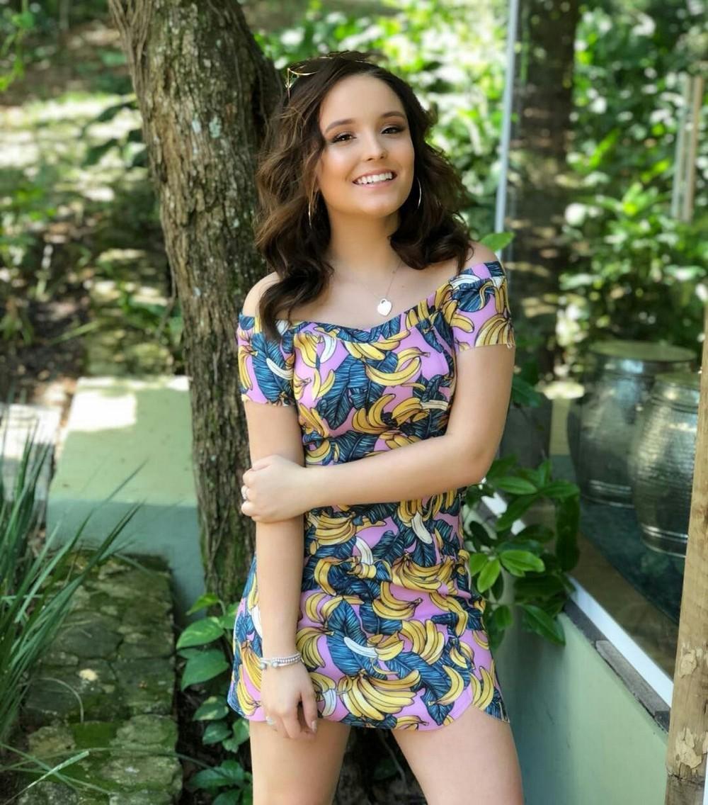 фото красивых девушек в легком платье - 1