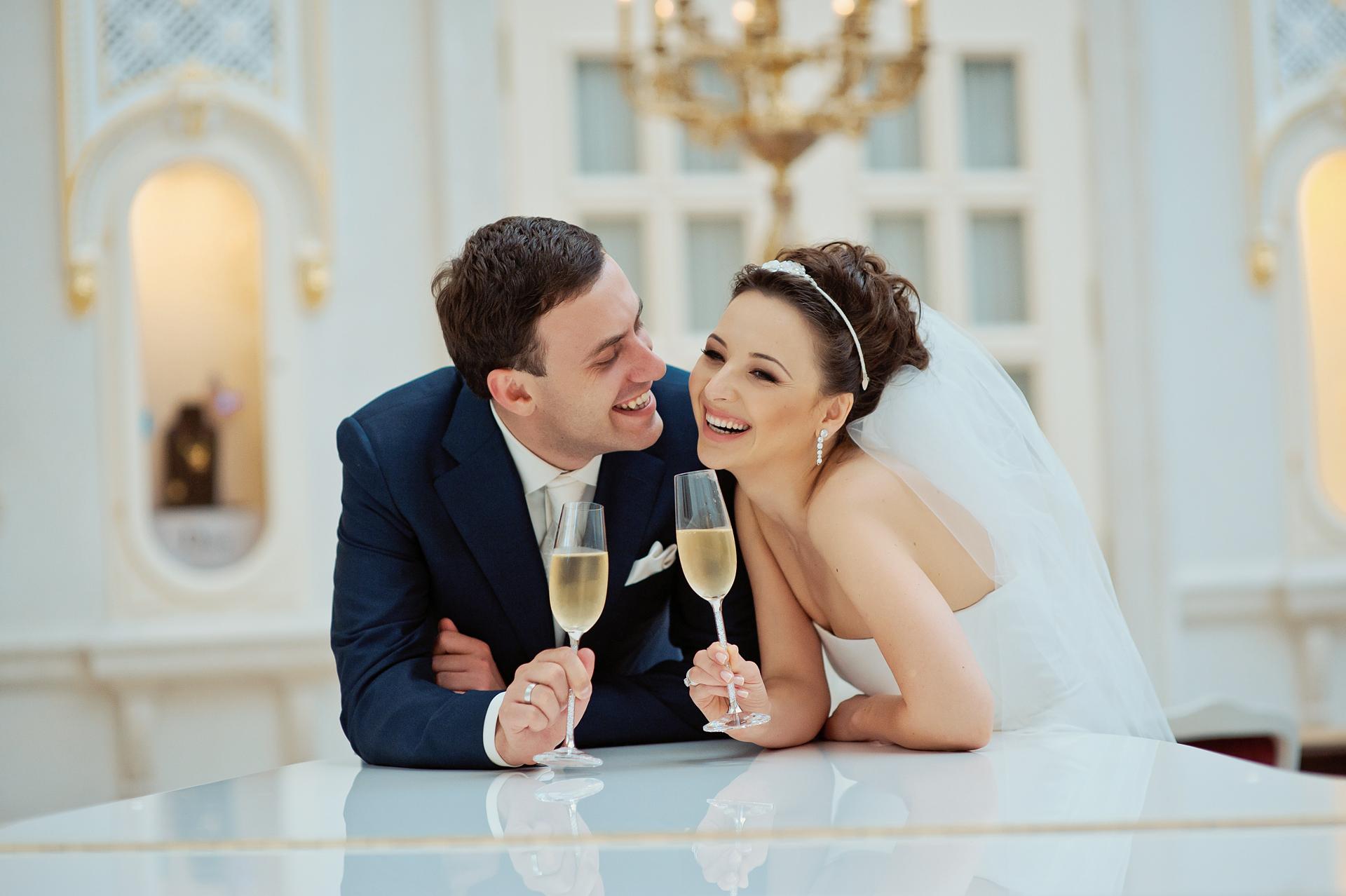 Молодожены и свадьба картинки