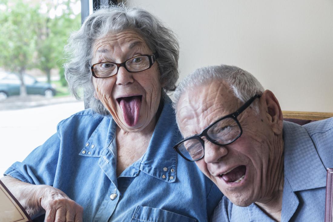 бесплатно молодой пенсионер картинки прикольные незаменимых предметов