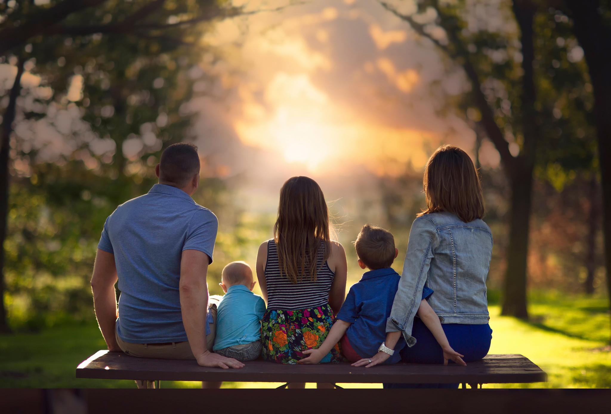 смесь красивые фото семьи с детьми со спины садик наш, гнёздышко
