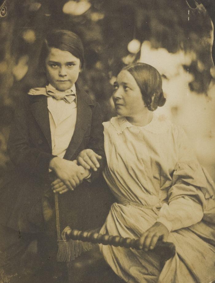 фоне самые старинные фотографии в мире даче, саду или