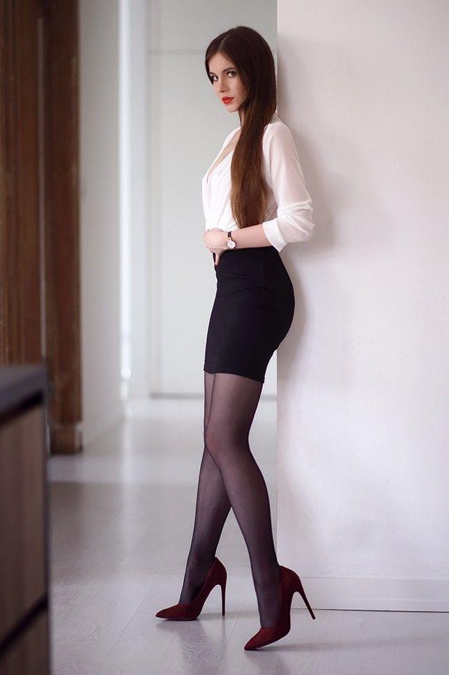Красивые Девушки В Черных Колготках