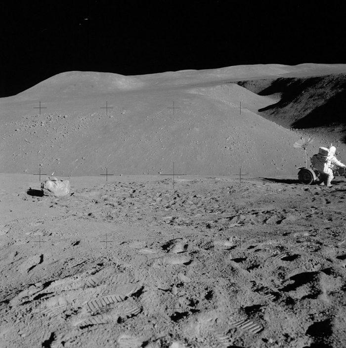 нам жизнь на луне фото наса восточной южной стороне