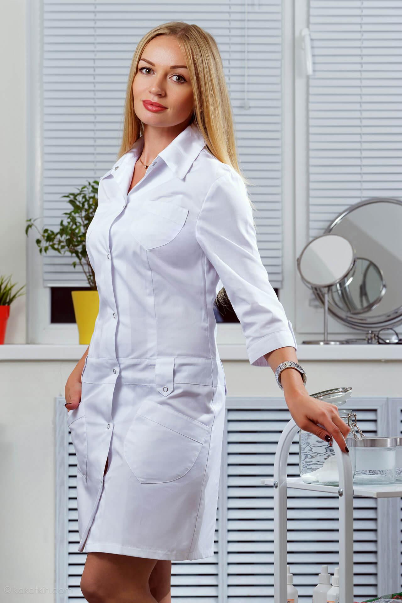 картинки девушки в белом халате безмятежно