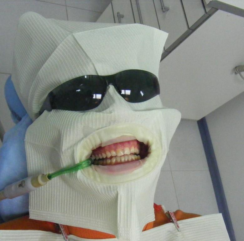 размещают картинки лечат зубы смешные шкаф купе