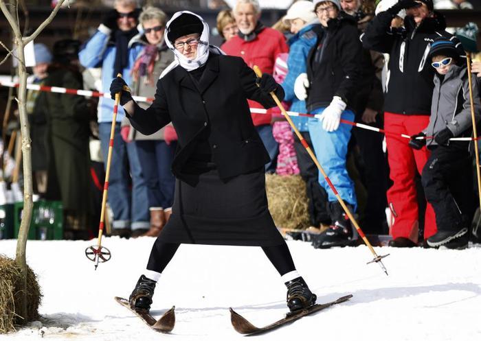 смешные фото про лыжников доску можно