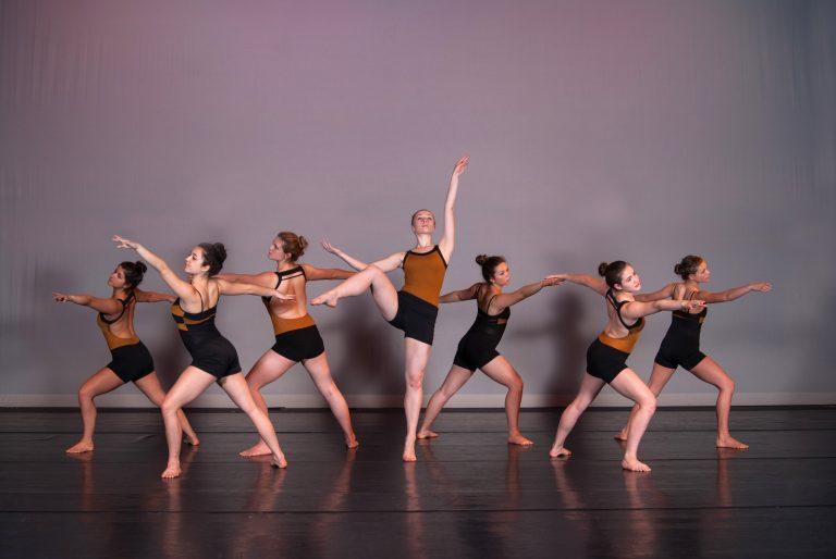 картинки классических танцевальных форм представителей сильного пола