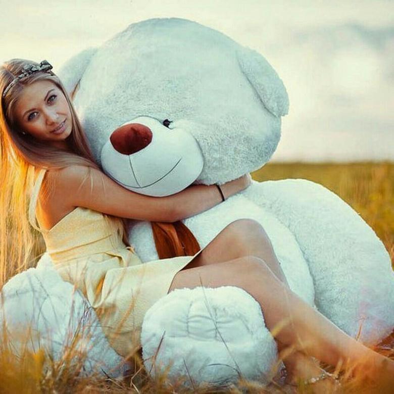 Смешные для, картинки девушка с медведем плюшевым