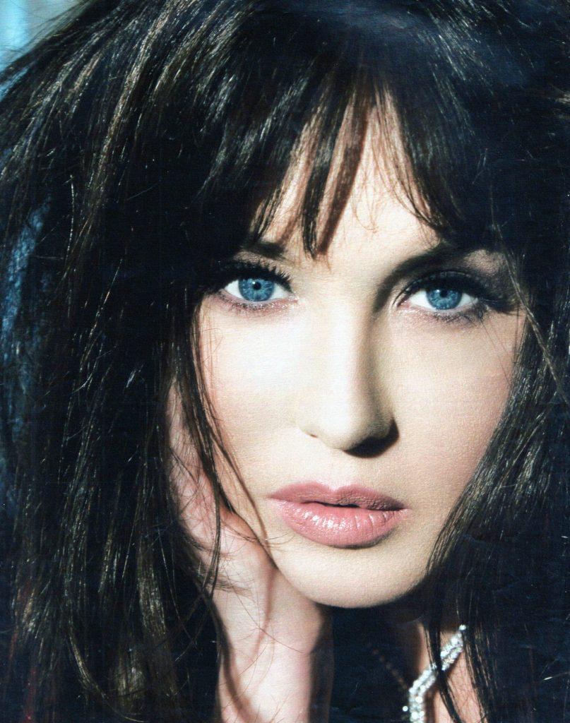 Фото самых красивых итальянских актрис живот опустился