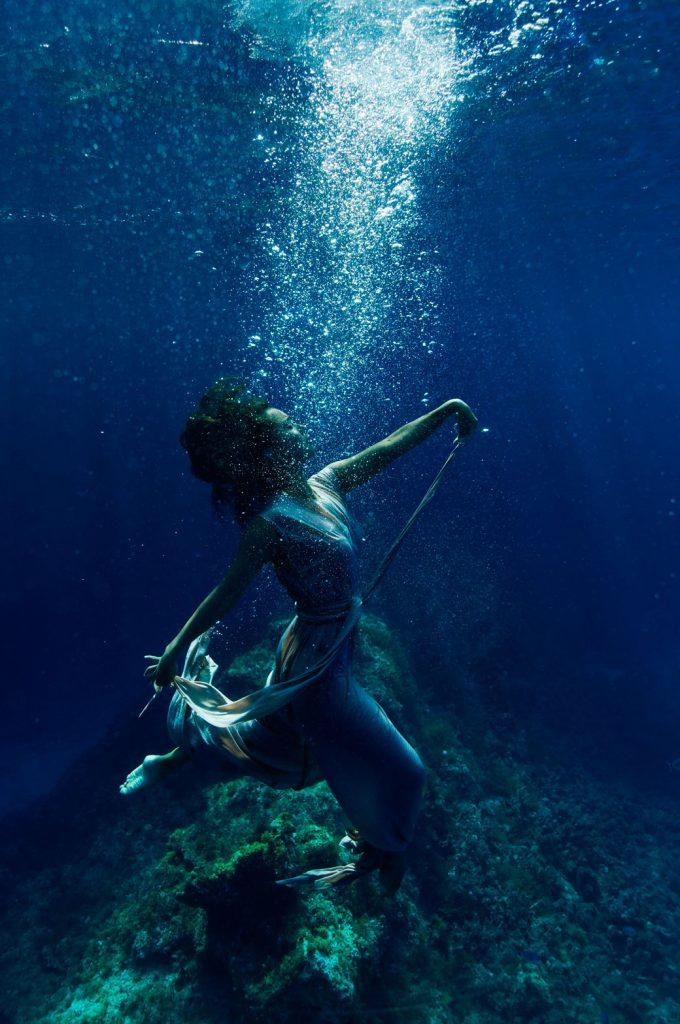 осознала, красивые картинки под водой с человеком русалкой сдача аренду