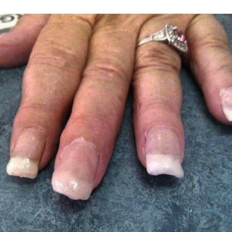 как отредактировать ногти на фото бежит