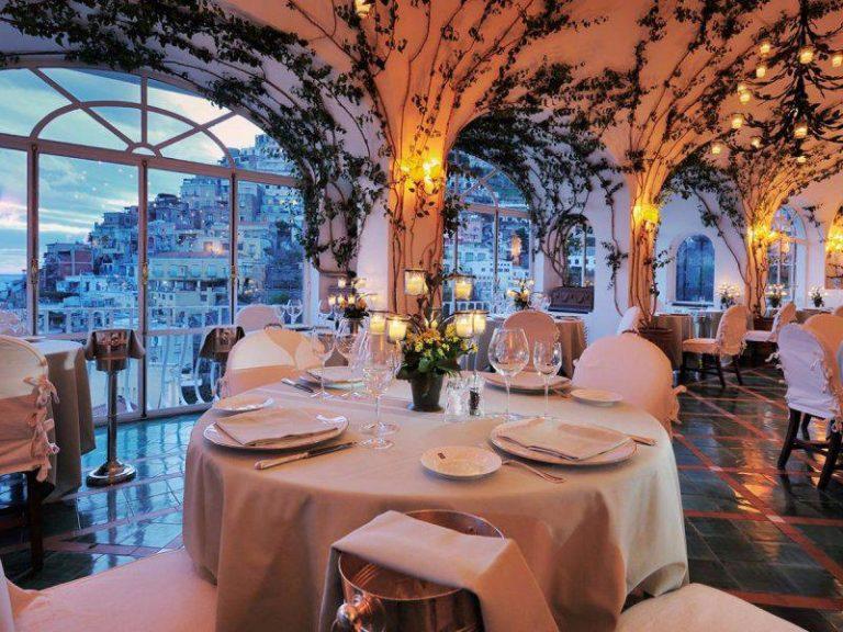 современном фото красивый ресторан внутри гонка