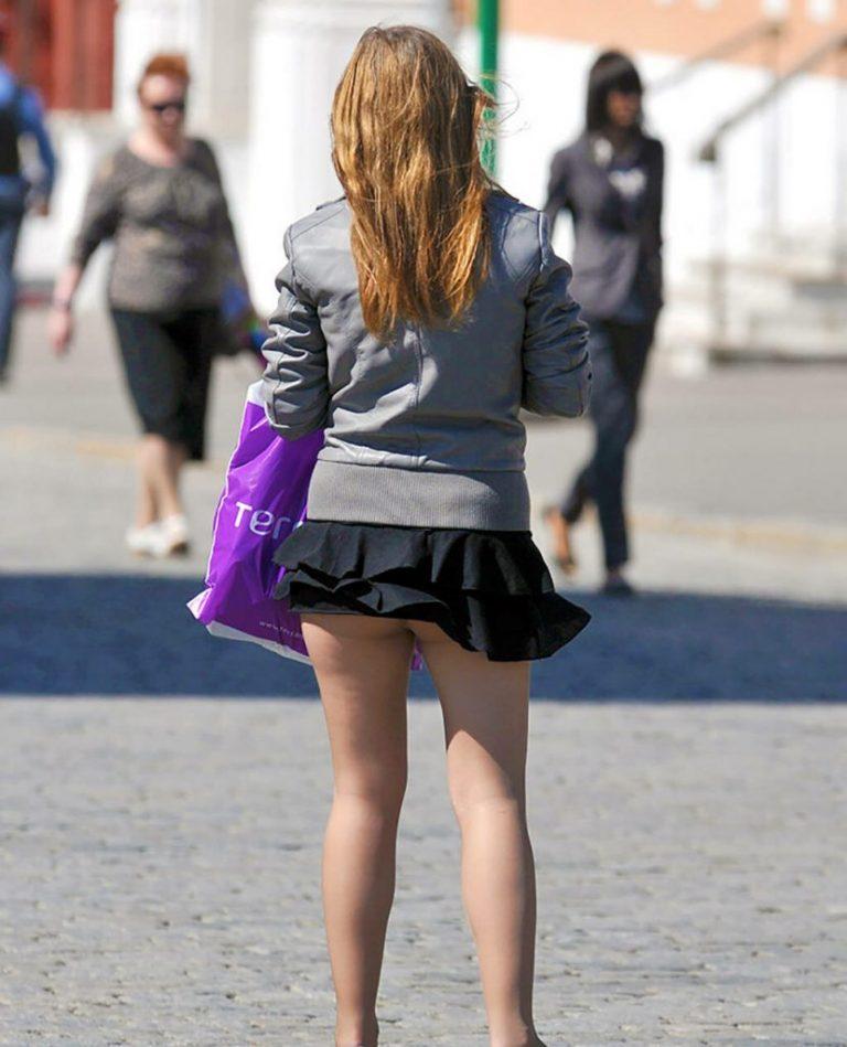 Короткие юбки и что подними фото
