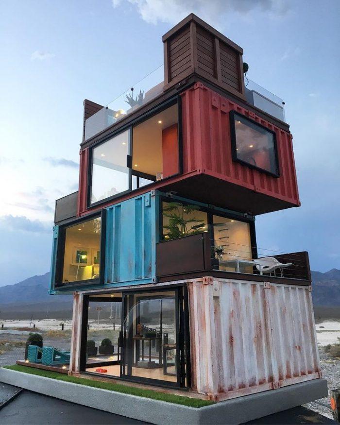 строительство дома из контейнеров фото съемочный день