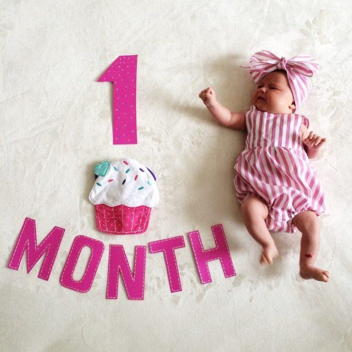 Поздравления с 1 месяцем жизни девочки